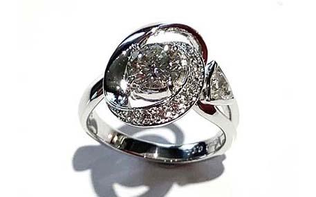 ダイヤモンドをメインにリフォーム